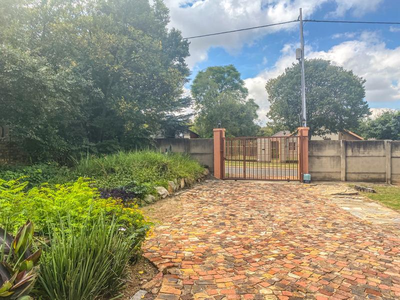 Property For Sale in Lombardy East, Johannesburg 6