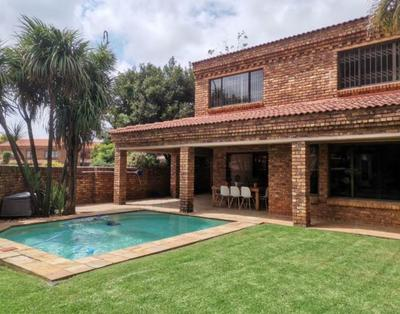 Property For Sale in Morninghill, Bedfordview