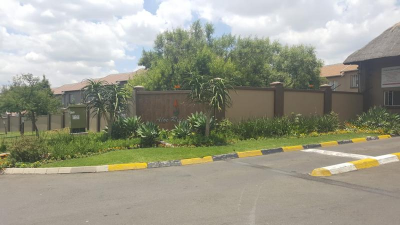 Property For Sale in Greenstone Hill, Edenvale 2