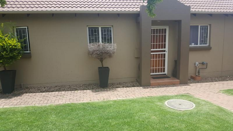 Property For Sale in Greenstone Hill, Edenvale 6