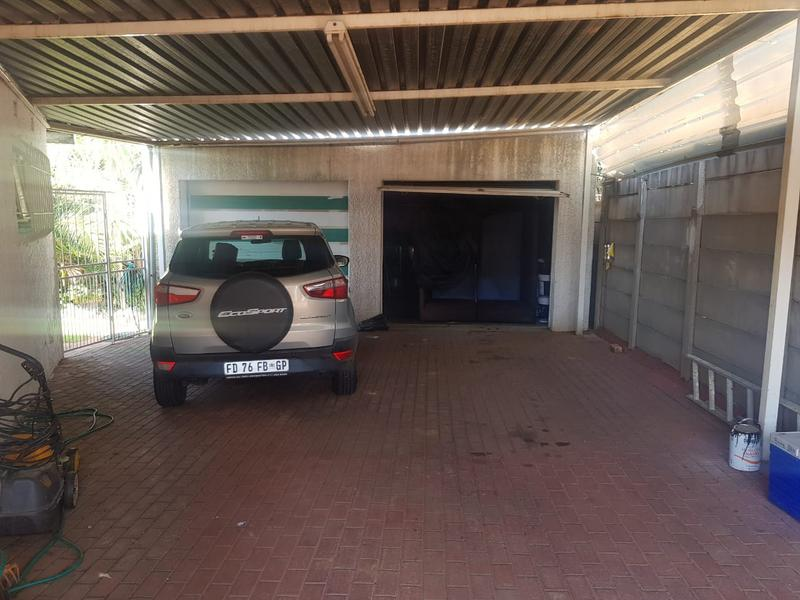 Property For Sale in Marlands, Germiston 17