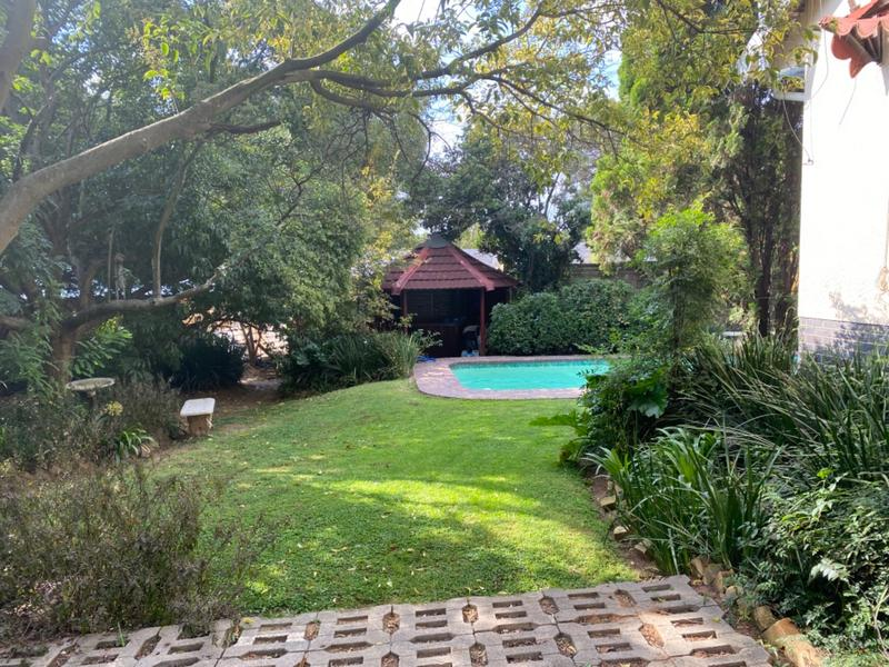 Property For Sale in Lombardy East, Johannesburg 7