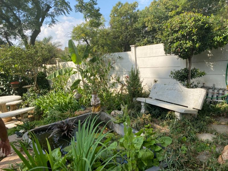 Property For Sale in Lombardy East, Johannesburg 10