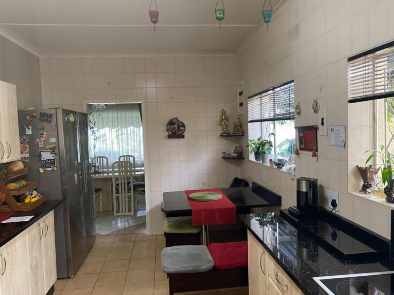 Property For Sale in Lombardy East, Johannesburg 17