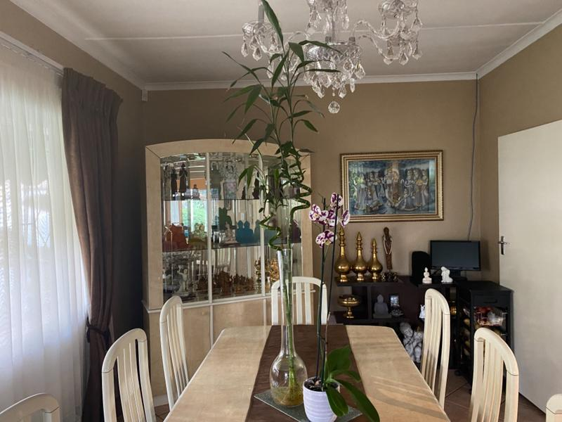 Property For Sale in Lombardy East, Johannesburg 18