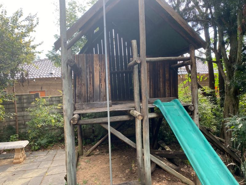 Property For Sale in Lombardy East, Johannesburg 21